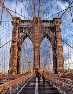 Brooklyn bridge - 7 things that will happen to you after moving to Brooklyn