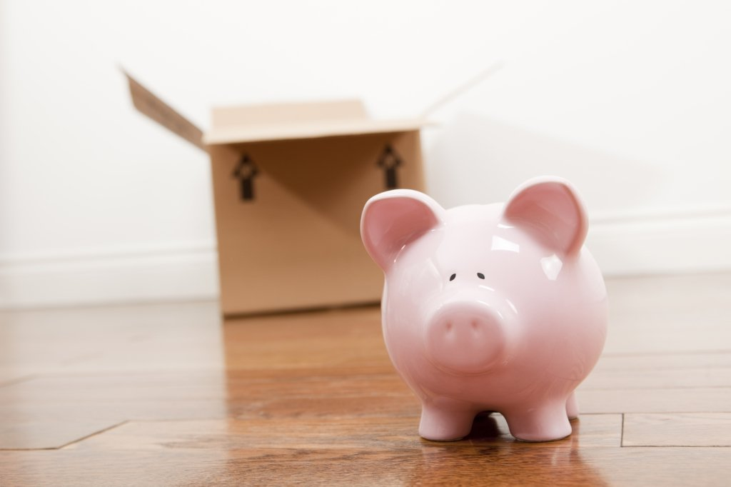Piggy bank and box, moving company, Brooklyn movers,