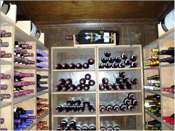 Wine collection, Moving company, moving wine collections, U.Santini moving and storage
