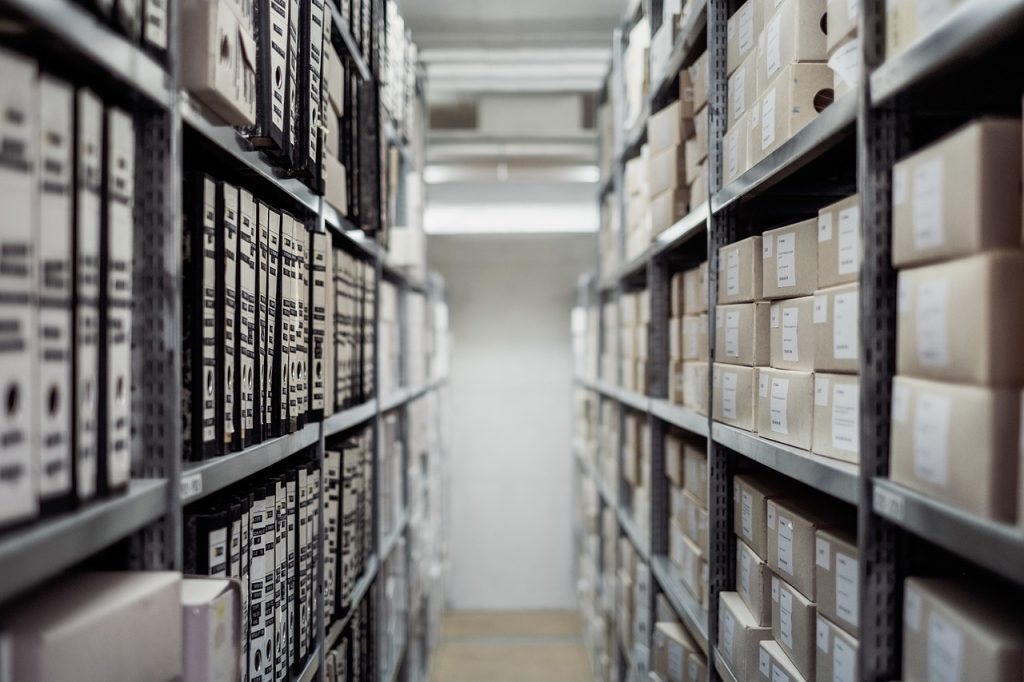Document storage unit