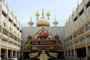 Atlantic City has so much to offer if you like casinos, restaurants and amusement parks along the boardwalk.
