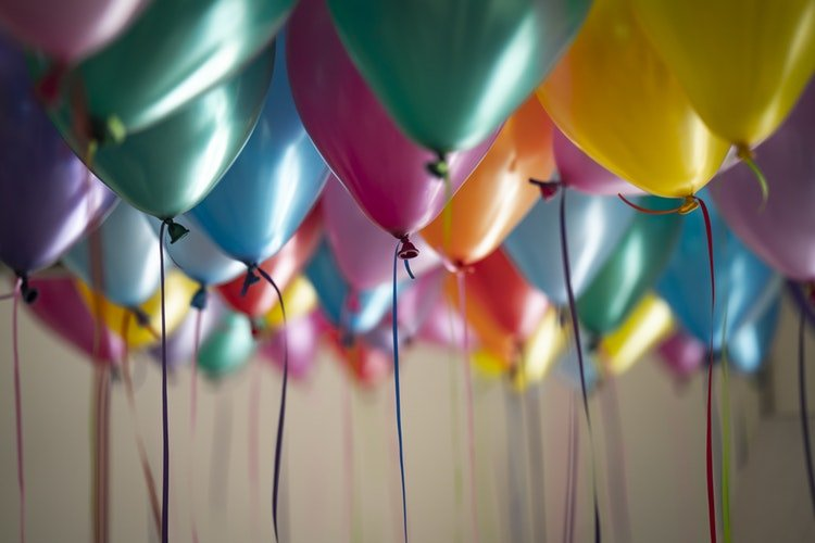 Tips for Throwing a Goodbye Party