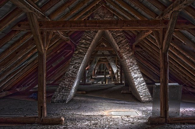 Guide for converting your attic into storage space