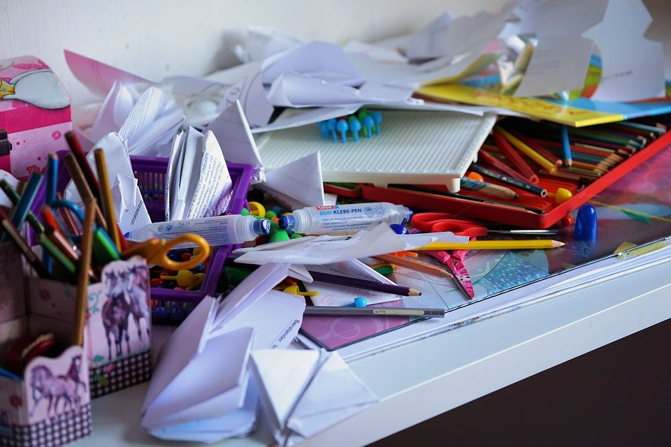 declutter vs storage in Brooklyn can help you keep mementos safe.