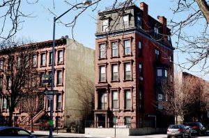 brown brick building in Brooklyn from where you can access Crown Heights storage