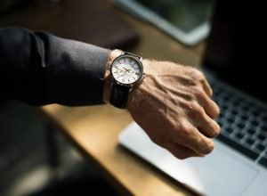 Timing for downsizing with hand with watch