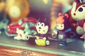 little figurines