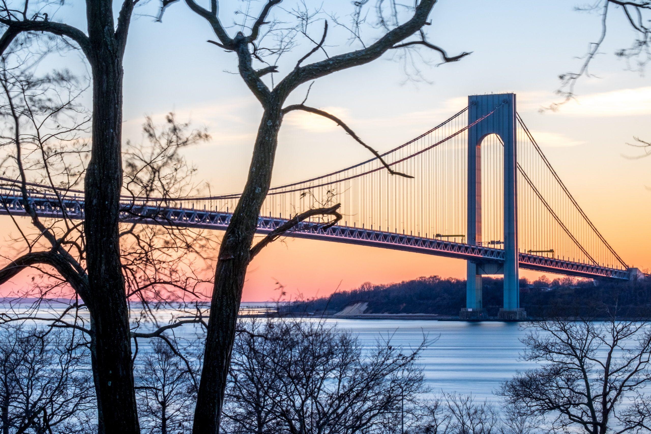 Brooklyn bridge in autumn