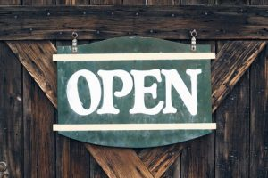 "sign ""open"""