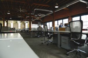A big office space might make you think that it is impossible to save money on a Brooklyn office move.