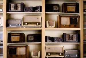 Storing collectibles old radio